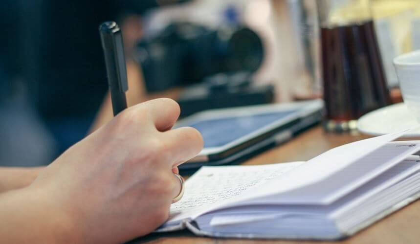 Contoh Teks Prosedur Kompleks Protokol